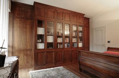 Customized Italian Furnitures